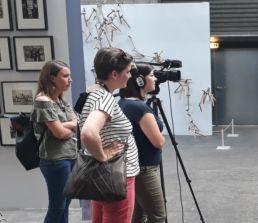 photo d'une salarié en formation de tournage