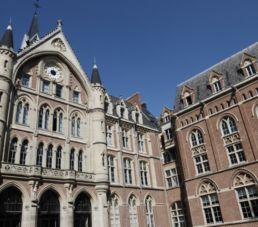 Bâtiment de la Faculté des Lettres et Sciences humaines (FLSH) La Catho Lille