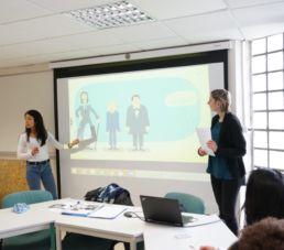 Etudiantes en cours de langues étrangères à la FLSH à Lille