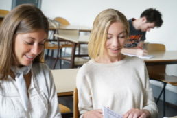 étudiants tuteurs à la Faculté